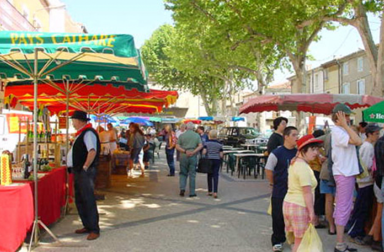 TRADITIONAL MARKET IN POMEROLS