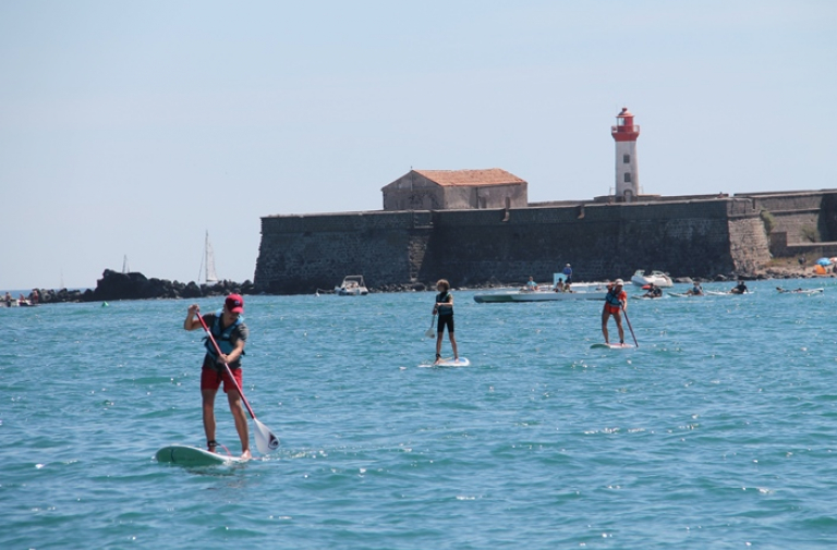 STAND UP PADDLE OUTING